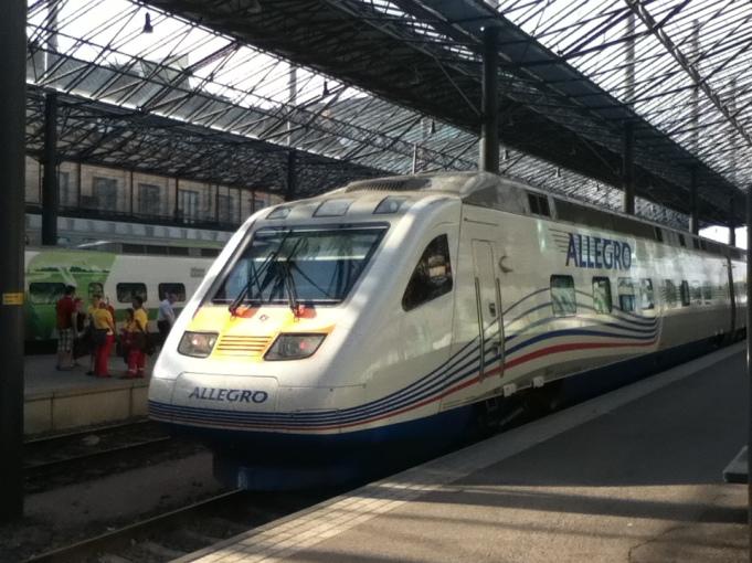 Finlândia até a Rússia a bordo do trem Allegro