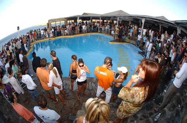 cavo paradiso paradise beach Mykonos Grécia