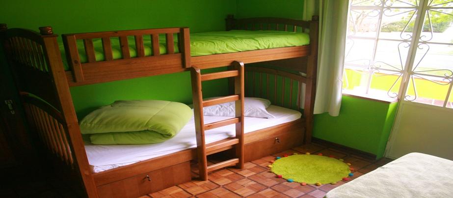 motter home hostel quarto misto curitiba paraná vivendo viajando