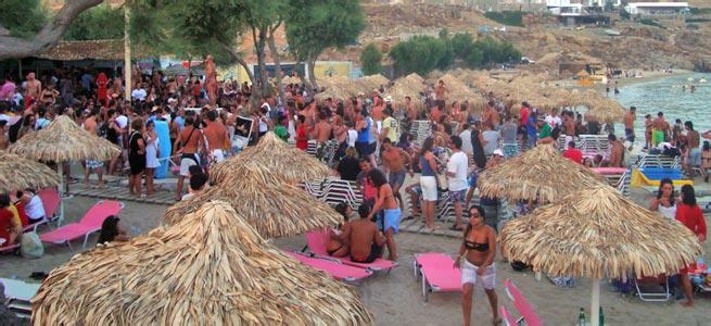 paradise beach mykonos grécia