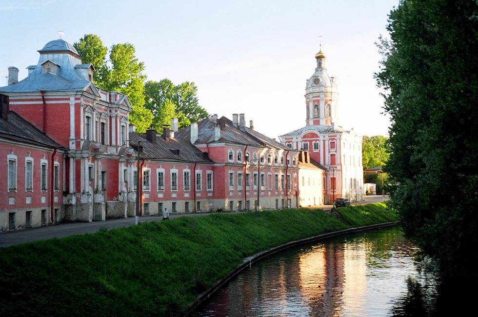 Monasterio-Alexander-Nevsky