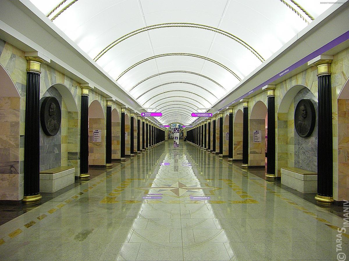 metro-sao-petersburgo-hermitage-Admiralteyskaya