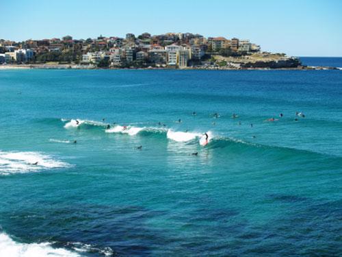 surfar-praia-bondi-sydney