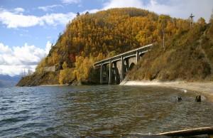 Ferrovia-Circum-Baikal-Rússia